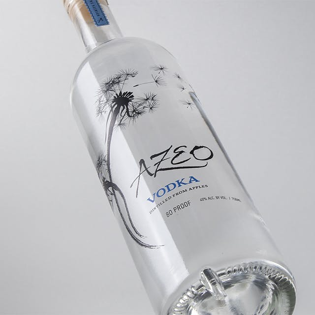 AZEO Wine Label Design